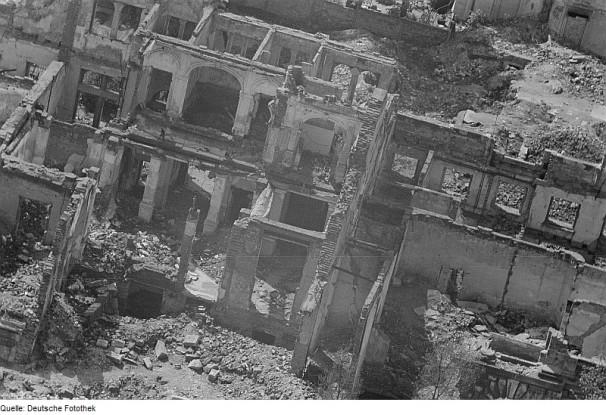logenhaus-weststrasse-ruine-1945