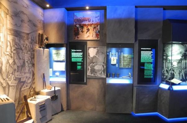 Ausstellungsbereich im Deutschen Freimaurermuseum