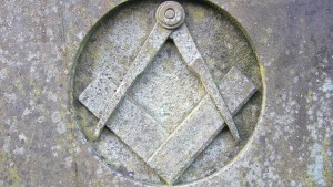 freemason-symbols-in-architecture